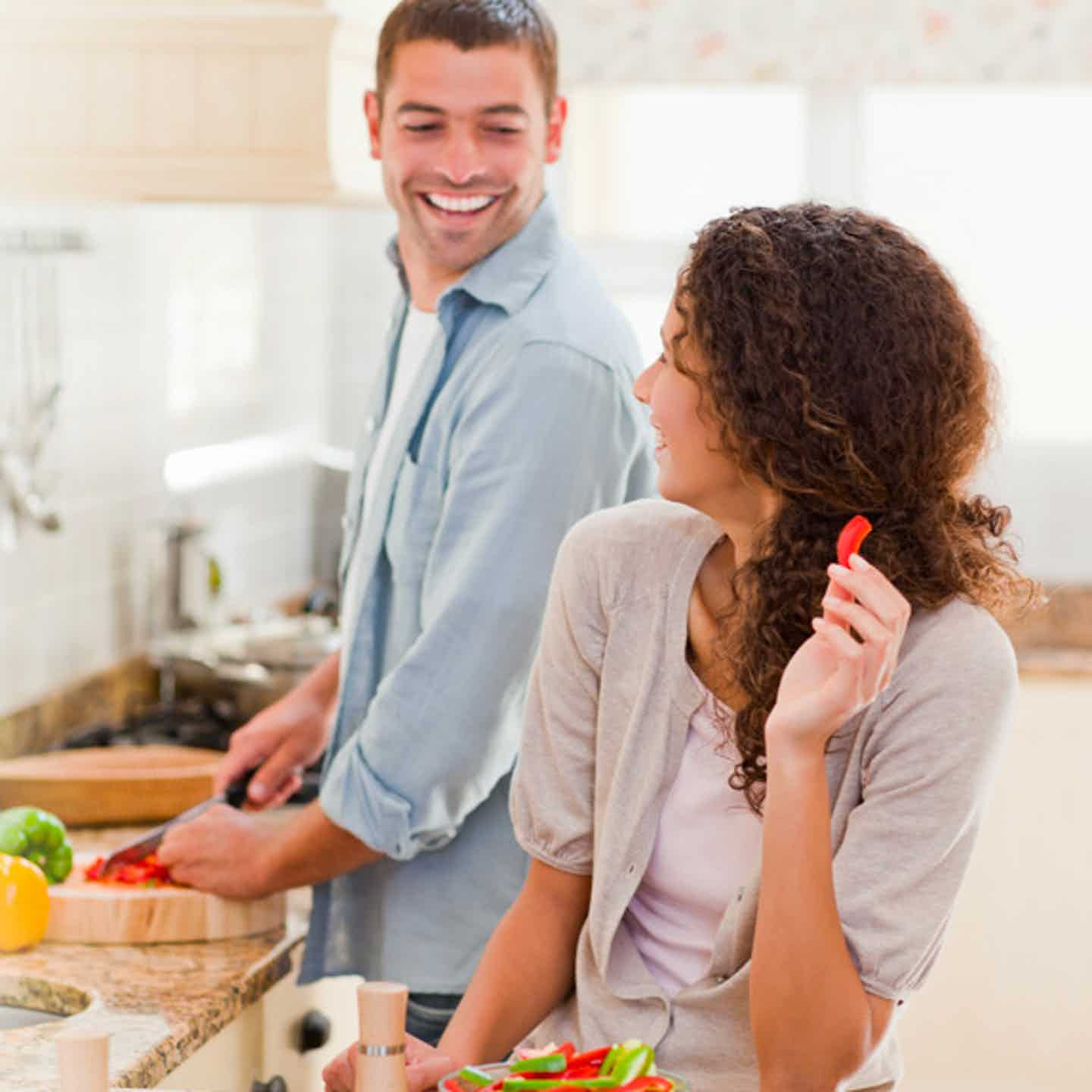 Couple cooking a healthy meal to help prevent diabetes